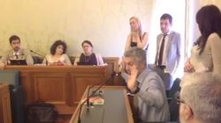 La riunione dei senatori grillini (DIRETTA