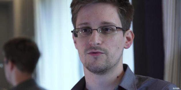 #AskSnowden: Edward Snowden in chat con il Guardian, la talpa del Datagate risponde ai lettori (FOTO,