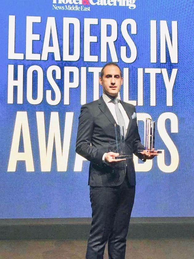 Le Tuniso-britannique Slim Zaiane remporte le prix du Manager de l'année au Leaders In Hospitality Awards...