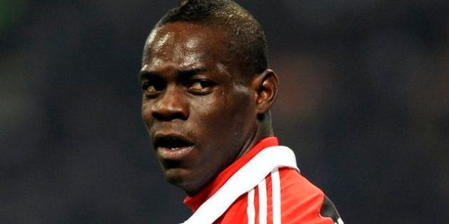 Calcio: cori contro Mario Balotelli nel 2010: denunciati 17 ultras