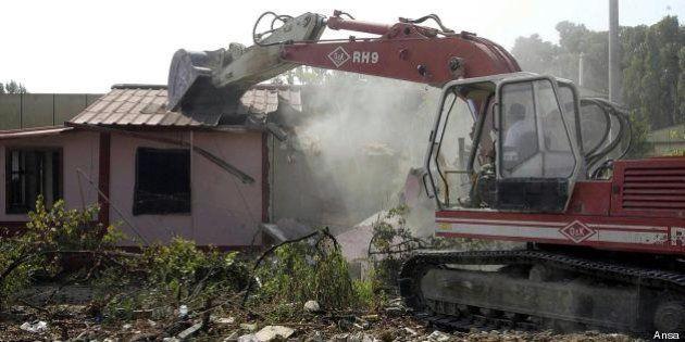 Condono edilizio, il Pd della Campania apre con una proposta di legge