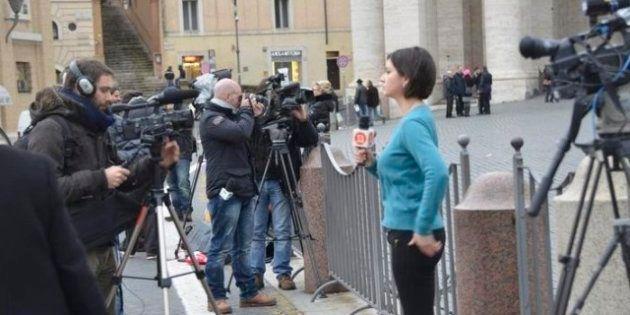 Dimissioni Papa: l'esigenza del pontefice comunicatore che ponga fine allo scisma tra Chiesa e