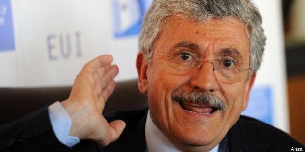 D'Alema 'chiama' Renzi per il congresso: Cuperlo al Pd e Matteo premier. E il sindaco? Scrive: nuovo...