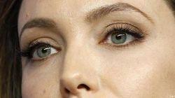 Angelina Jolie si fa asportare i seni:
