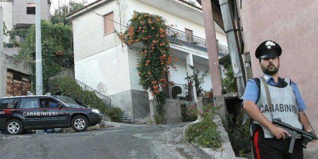 'Ndrangheta/ Ucciso capoclan a colpi di kalashnikov vicino a Catanzaro. Freddata anche la giovane