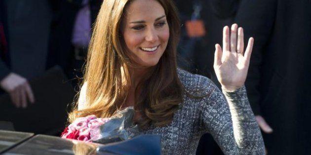 Kate Middleton, pancione in vista e sorrisi ma dalla scrittrice Hilary Mantel arriva un duro attacco...