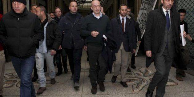 Enrico Mentana : l'arresto è una misura insensata. Cicchitto: riformare il