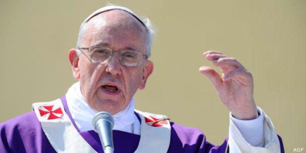 Papa Francesco riforma la giustizia in Vaticano. Niente più ergastolo e stretta per i delitti sui minori