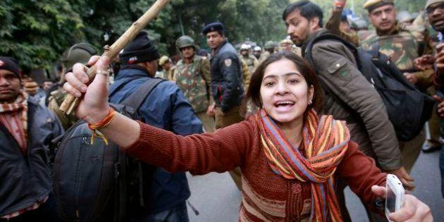 India, tre sorelline stuprate e uccise (FOTO