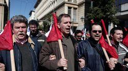 Protesta per le strade di Atene: sciopero generale in