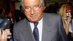 Carlo De Benedetti invia una email a Matteo