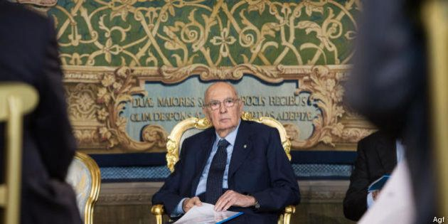 Su Giorgio Napolitano il pressing Pdl per salvare Berlusconi. Pure il caso F35 preoccupa il capo dello