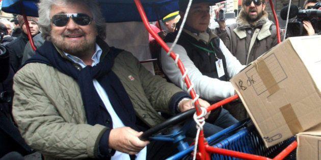 Beppe Grillo e le Parlamentarie: nel primo giorno di voto on line gli attivisti 5 Stelle si dividono...