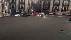 Nubifragio a Catania: c'è un disperso, la gente sui tetti per la paura