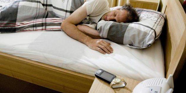 Sonno, se volete dormire bene spegnete pc, tablet,
