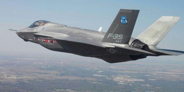 F35: Salta la mediazione nel Pd sull'acquisto degli aerei. Il M5s si