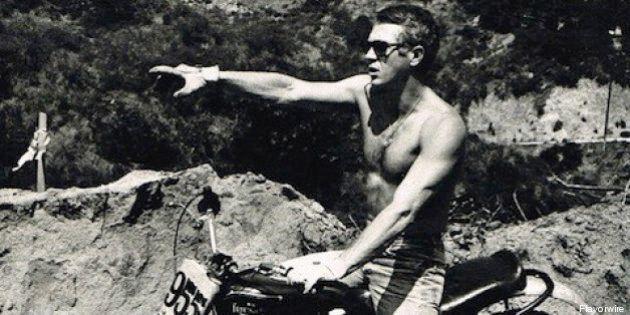 Steve McQueen, Clint Eastwood, Bob Dylan e le altre star fotografate in moto