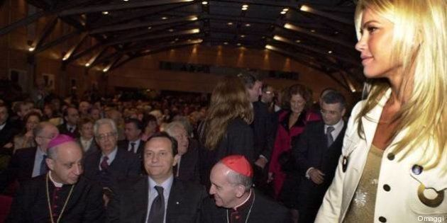 Intervista a Monsignor Rino Fisichella: la Curia deve essere al servizio del Papa. E a Enrico Letta