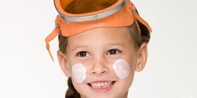 Abbronzatura. Proteggere la pelle dei bambini è questione di salute