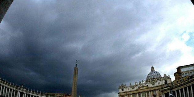 Dimissioni Papa: la Santa Sede si scaglia contro la stampa: