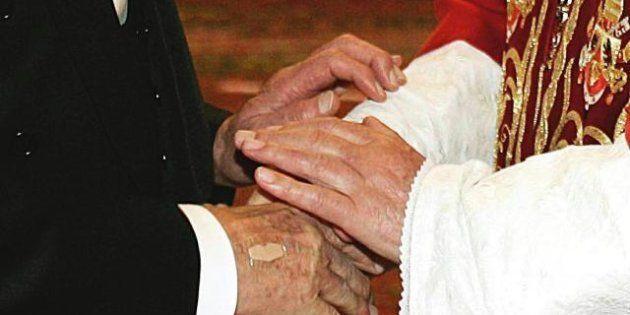 Dimissioni Papa, incontro tra Benedetto XVI e Giorgio Napolitano: due settenati al termine, mai così