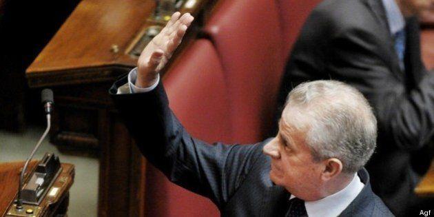 Claudio Scajola, perquisita la casa di Imperia. Il giallo delle anfore