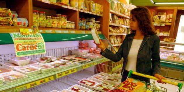 Confcommercio: con aumento dell'Iva, stangata da 135 euro a