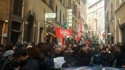 Sit-in di protesta contro i Cie davanti alla sede del