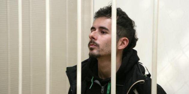 Cristian D'Alessandro, attivista Greenpeace arriva oggi in Italia. Il padre: