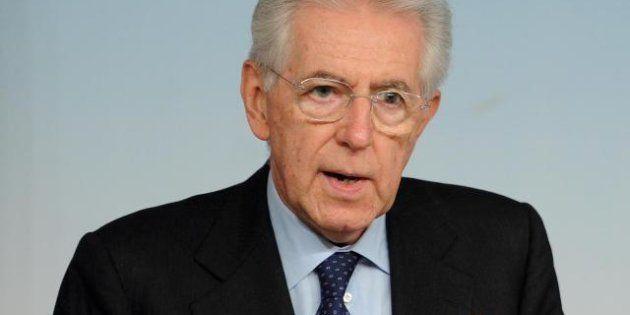 Mario Monti, sondaggio Swg: fiducia del premier in discesa, si attesta al 33%, minimo