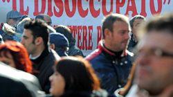 Censis: Italia più povera, si vendono i gioielli di