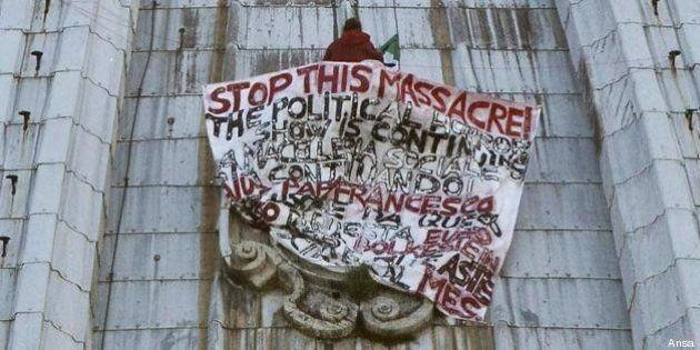 Striscione sulla cupola di San Pietro: