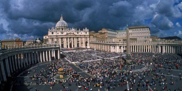 Dimissioni Papa: rapporto Vatileaks sarà trasmesso solo al prossimo pontefice, sciolta la commissione...