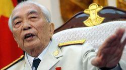 Il Vietnam piange il generale Giap