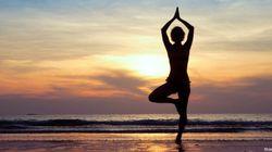 Yoga di mare. Tutte le sequenze per rilassarsi