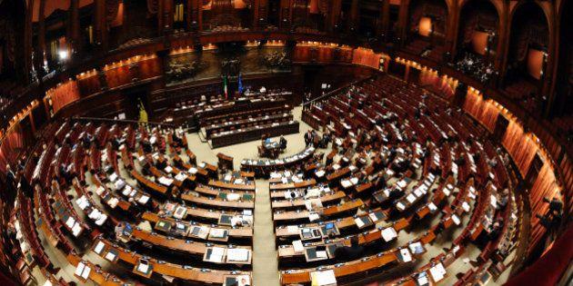 Sondaggi 2013 fiducia nelle istituzioni a picco partiti for Oggi parlamento diretta