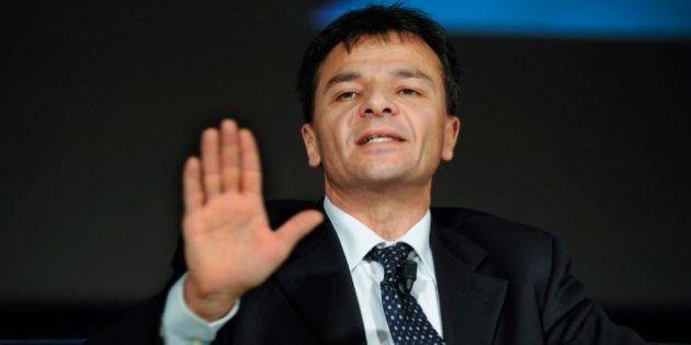 Mps; il silenzio di Matteo Renzi fa infuriare Stefano Fassina,