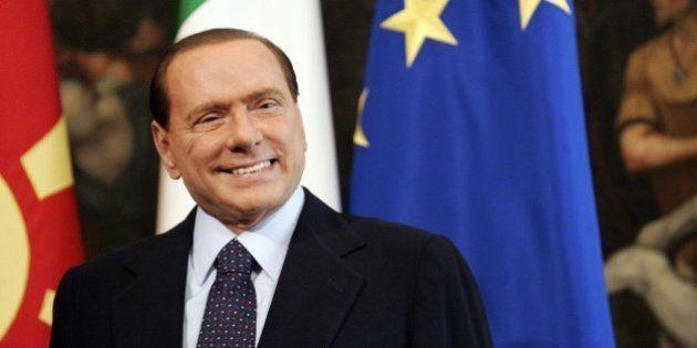 Silvio Berlusconi e il conflitto d'interessi, da premier un miliardo in più con gli spot. Boom di inserzioni...