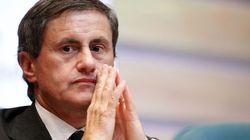 Appalti bus, l'ex sindaco di Roma Alemanno indagato per finanziamento