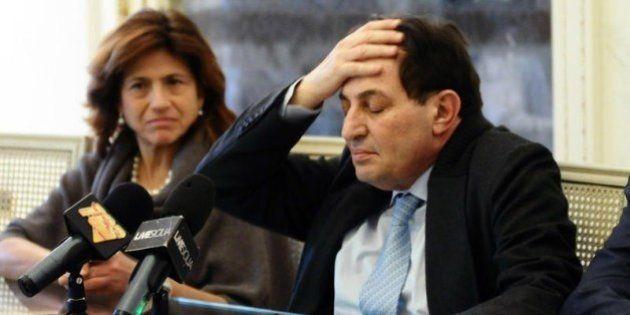 Rosario Crocetta, M5s scarica il Presidente: il web vota per la mozione di