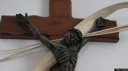 Vuole giustizia per la morte di Gesù e si appella alla Corte penale internazionale contro l'Italia ed