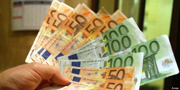 Euro, i sindaci M5s in campo contro la moneta unica. Al via la battaglia per la valuta