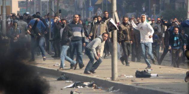 Egitto, proteste islamiste nel Venerdì della Dignità. Cinque morti, tre ad