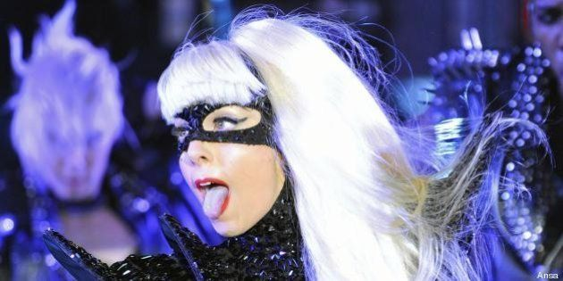 Gay, Lady Gaga attacca il governo Putin:
