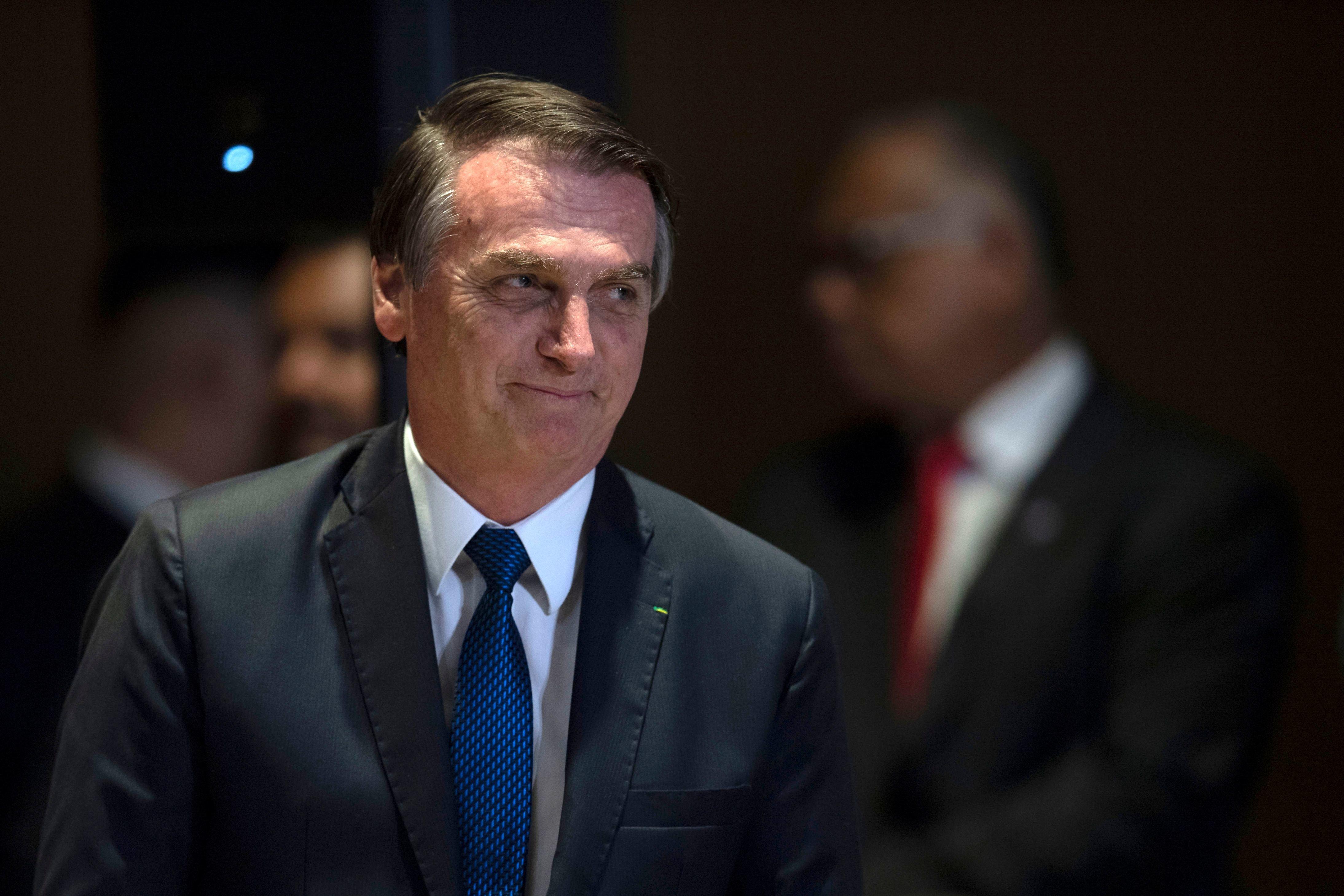 CNI: 35% dos brasileiros consideram o governo Bolsonaro bom ou ótimo; Para 27%, é ruim ou