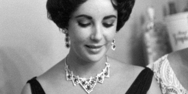 10 collezionisti d'arte vip: dai trenini di Frank Sinatra ai diamanti di Liz Taylor