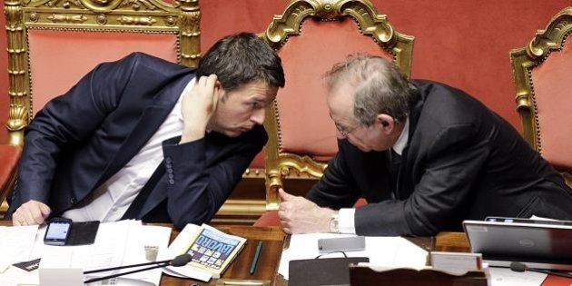 Taglio delle tasse, Matteo Renzi cerca le coperture. E da Palazzo Chigi dicono: