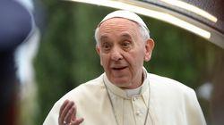 Il Papa e i gay. Hrw plaude Francesco: