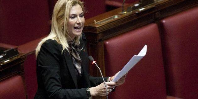 Lista nera di Silvio Berlusconi, i fedelissimi replicano: