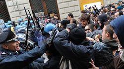 Torino: scontri fra manifestanti antirazzisti e polizia